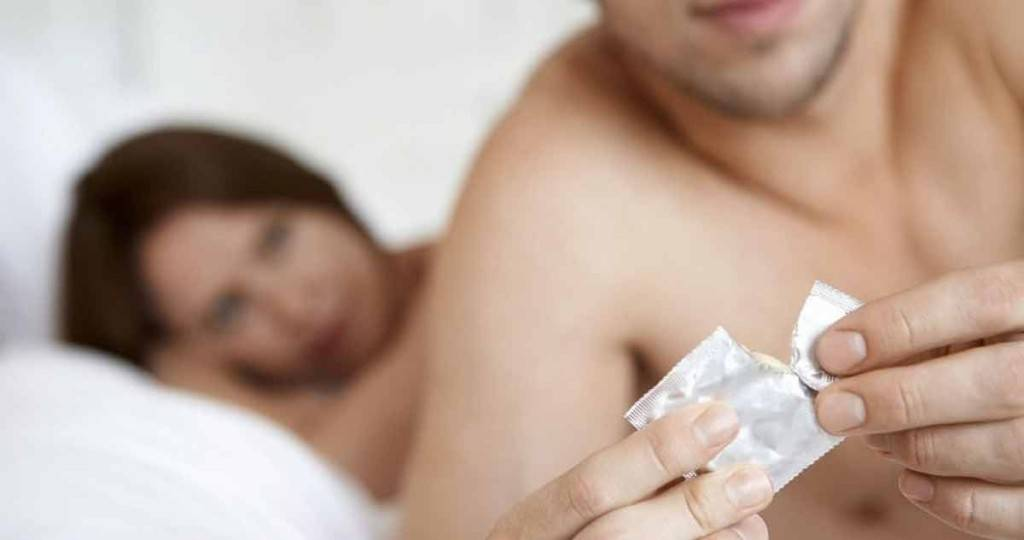 8 myths about genital herpes